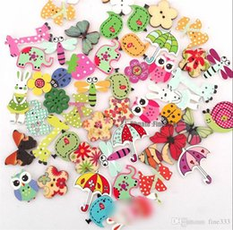 Wholesale mixed buttons clothes resale online - 50pcs Cartoon Printing Wooden Buttons Hand Printed DIY Jewelry Colorful Mixed Wood Buttons For Hat Shoes Clothes