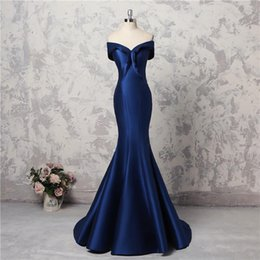 Wholesale brown long sleeve button up shirt online – Simple Mermaid Prom Dresses Off The Shoulder Capped Satin Real Images Evening Gowns Lace Up Back Long Bridesmaid Dress robes de soiree