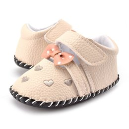 Beautiful Baby Shoes Australia - New Beautiful Cotton Newest Baby Shoesborn Soft Leather Sneakers Toddler Boy Girl Crib Pram Shoes Bow Heart-shaped Prewalker