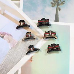 Mujer pinzas de la pajarita de acrílico del pelo Clip de garra horquillas de gran tamaño para el partido de la muchacha de las mujeres de la boda accesorios para el cabello regalo 5 unids CNY1349 en venta
