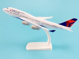 $enCountryForm.capitalKeyWord Australia - 20cm Alloy Metal AIR American DELTA Airways Plane Model Boeing 747 B747 Airlines Airplane Model W Stand Aircraft Gift