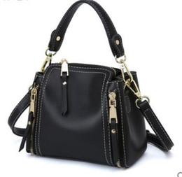$enCountryForm.capitalKeyWord UK - 2019Tassel PU Leather Totes Bag Top-handle Embroidery Crossbody Bag Shoulder Lady Simple Style Hand Bags