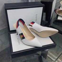 276813a5a Новый итальянский бренд Бизнес летние женские сандалии остроконечные  кожаные модные женские повседневная обувь бесплатная доставка 35-40 размер  на высоких ...