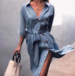 2969846af584fc6 Женщин синий джинсовая рубашка Платье с коротким рукавом V-образным вырезом  Жан платье женщины сексуальные повседневные платья с поясом DYH1201