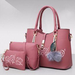 $enCountryForm.capitalKeyWord Australia - Distinctive2019 And Child Mother Three-piece Hand Carry Handbag Ma'am Single Shoulder Package Oblique Satchel Mom Will Bag