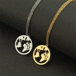 glossy pendant Australia - 2pcs Set Stainless Steel World Map Pendant Creative Glossy Graphic Necklace Gold Silver Color Couple Jewelry Gift