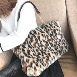 2019 New Winter   Autumn Luxury Faux Fur Women Mink Fur Bag Leopard Print  Shoulder Bag Ladies Fur Tote Handbag Chain Bags 243 D19011204 84dbb5dc79dfd
