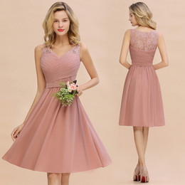 Short Bridesmaid Dresses For Weddings A Line V Neck Lace Chiffon Pleats Homecoming Cocktail Gowns Knee Length Evening Prom Wear CPS1365 on Sale