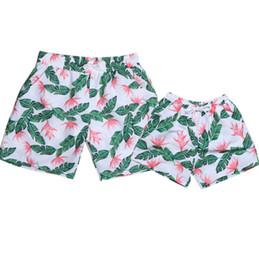 Ingrosso Pantaloncini da surf per bambini stile hawaii ragazzi floreali cocco stampato tronchi da bagno 2019 bambini estate allacciati fiocchi elastici pantaloncini da spiaggia F6617