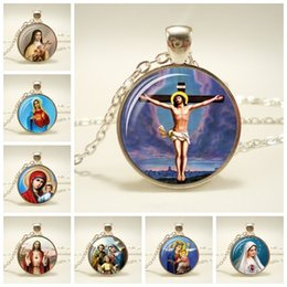necklaces pendants Australia - Virgin Mary Mother Of Baby Glass Pendant Jesus Christ Christian Jewelry Jesus Oil Painting Necklace Gift For Men Women