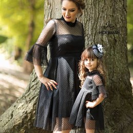 $enCountryForm.capitalKeyWord NZ - New Autumn Baby Girl Dress Parent-child Lace Design Short Sleeve Mother Kids Family Matching Outfits Casual Lovely Dress
