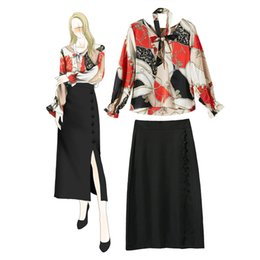 Green Ribbon Bows Australia - 2019 Spring Summer Long Sleeve Crew Neck Ribbon Tie Bow Blouse + Buttons Skirt Set Casual Two Piece 2 Pieces Twopiece Set A15941107