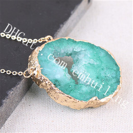 $enCountryForm.capitalKeyWord NZ - 10Pcs 30-55mm Gold Electroplated Rim Double Bail Raw Druzy Geode Agate Crystal Pendant Necklaces Freeform Dyed Green Drusy Gemstone Necklace