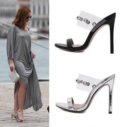a90931b0a89 Novia de plata zapatos de boda rhinestone sandalias de tacón alto zapatos  de diseñador de mujer tamaño 35 a 40