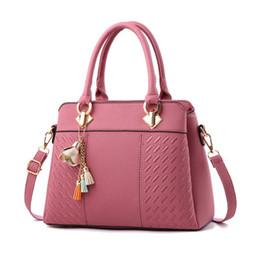 Plate Shoulder Australia - Fashion Luxurys Handbag Designer Handbag Bracelet Bag Shoulder Bag Wallet Phone Bag Gold-plated Hardware Accessories GG