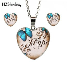 $enCountryForm.capitalKeyWord Australia - 2019 Hot Fashion Charming Butterflies Vintage Photos Silver Chains Heart Pendants and Earrings Hand Craft Heart Jewelry Sets