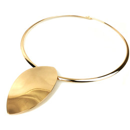 geometric necklace metal 2019 - Big Collar Geometric Choker Party Jewelry Shiny Metal Oval Daily Fashion Women Necklace Torques All- Gifts cheap geometr