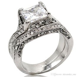 $enCountryForm.capitalKeyWord Australia - Vintage 10KT White gold filled 2ct square shape diamond CZ gemstone Rings set 2-in-1 Jewelry Cocktail wedding Band Ring finger For Women