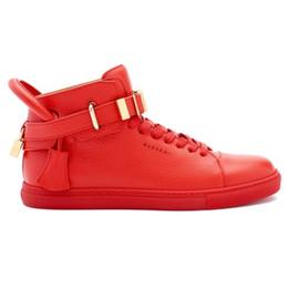 $enCountryForm.capitalKeyWord Australia - 2019 designer men wear black top cowhide fashion men's wear comfortable casual flat shoes high heels lock shoes red black white
