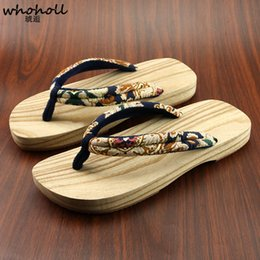 fashion wooden button Canada - Whoholl Japanese Clogs Men Women Couple Lovers Wooden Geta Flip-flops Slippers Kimono Non-slip Wooden Shoes Cosplay Clogs