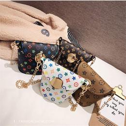 Wholesale Fashion designer pattern girl bags mini bucket bag shoulder small girl Messenger bag Princess beauty chain bag