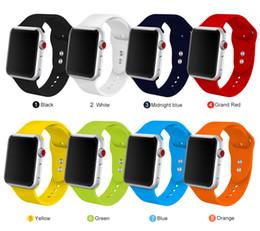 Venta al por mayor de Banda deportiva de silicona suave para Apple Watch Series 1 2 3 4 38MM 42MM Correa de caucho con banda de reloj para 40MM 44MM iWatch Series4