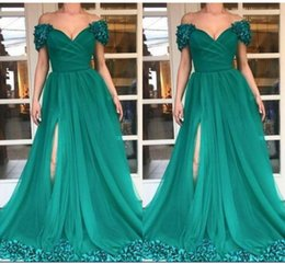 capped sleeve nude bridesmaid dress NZ - Fashion Emeral Green Evening Bridesmaid Dresses Formal Gowns Cap Short Sleeves High Slit 3D Floral Flowers South African Prom Dress