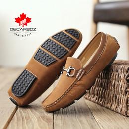 Toptan satış Casual loafer'lar, DECARSDZ erkek bezelye ayakkabı, İlkbahar ve yaz yeni rahat ayakkabılar, Saf el dikiş erkek moccasin, Hafif düz ayakkabı # 543975
