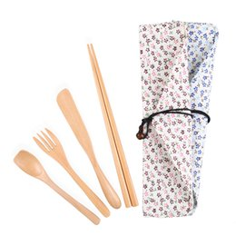 China Knife Fork Spoon Chopsticks Set Wooden Tableware Household Eco-friendly Dinnerware Set Outdoor Poetable Lunch Kit with Cloth Bag suppliers