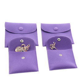 $enCountryForm.capitalKeyWord Australia - Velvet Jewelry Gift Packaging Bag Small Envelope shape Pouch with Snap Fastener Dust Proof jewelry Storage Bags purple
