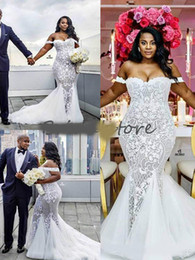 $enCountryForm.capitalKeyWord Australia - African Plus Size Mermaid Wedding Dresses Elegant Off The Shoulders Silver And White Lace Wedding Dress For Country 2019 Cheap Bridal Gown