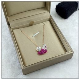 Necklaces Pendants Australia - Multi-color Super Quality Star Style Women's Gift Necklace Female Personality Crystal Swan Pendant Collar Bone Chain Rose Gold Necklace