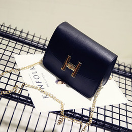 Popular Hand Bags Australia - 2019 new Spring Popular Small Square Bag Shoulder Strap Hand Take Coin Purse Chain Pouch