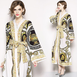 898eeff2f6a New 2019 Palace Retro Print Casual Maxi Dress Women s Ladies Luxury V-Neck  Long Sleeve Sashes A-Line Party Robe Designer Dresses Vestidos