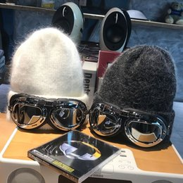 Discount rabbit sunglasses Zhao Liying pilot sunglasses wool Children's Day warm rabbit hair all-match tide Sun glasses knitted hat knitted ha
