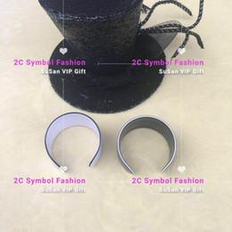 $enCountryForm.capitalKeyWord Australia - New Fashion acrylic bracelets fashion accessories fashion symbol bracelets black or white party gifts