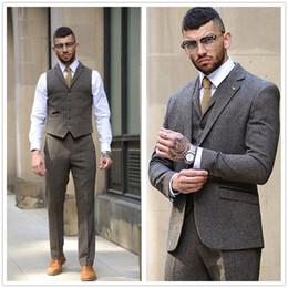 $enCountryForm.capitalKeyWord NZ - Dark Gray Wool Tweed Men's Suits Tuxedos 3 Piece Herringbone Custom Slim Fit Groom Tuxedos Jacket Pants Vest