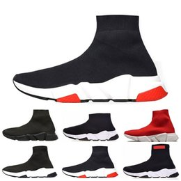Flat pointed black shoes For men online shopping - 2019 New designers Fashion Luxurys For Women Men Speed Trainer off Red Triple Black Flat Casual shoes Sock Boots Shoes