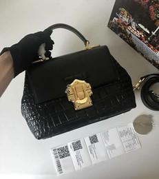$enCountryForm.capitalKeyWord Australia - New designer luxury handbags purses black Crocodile pattern genuine leather totes crossbody bag brand ladies shoulder bags 26*19*11cm