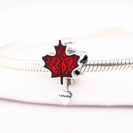 925 sterling silver charm Esmalte Canadense Maple Leaf Original Charme Pulseira Pingente DIY para correntes de cobra e colares venda por atacado