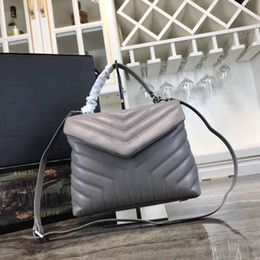 leather crossbody bag strap Australia - Fashion V shape Flap bag Lambskin Shoulder bag designer handbags Guneine Leather High quality Style Strap Crossbody Small Purse Bag 26cm