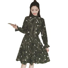 3b67b642fc1 New Print Women Dress 2019 Spring Bowknot Pleated O-neck Knee-length Ladies  Dresses Winter Sweet Long Sleeve Warm Dresse Re0202