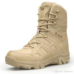 Marque Randonnée En Plein Air Randonnée Célèbre Chaussures Hommes Haut Haut Tactique Bottes Hommes Combat Bottes Armée Sapatos Masculino en Solde