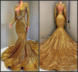 $enCountryForm.capitalKeyWord NZ - 2019 New Gold Sparkling Long Sleeves Sequins Mermaid Prom Dresses Deep V Neck Beaded Stones Backless Sweep Train Party Evening Gowns