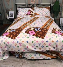 Bedding fashion quilt online shopping - Branded Warm Letter Print Quilt Fashion Warm Bedroom Woven Cotton Home Bedding Sets Duvet Cover CM Sheets Pillowcase