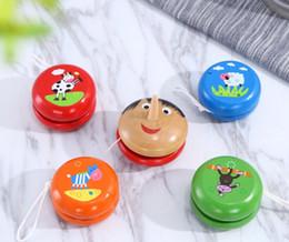 Опт Деревянный мультфильм йо-йо мяч творческие детские игрушки спортивные йо-йо случайные цвета игрушка мяч оптовая продажа бесплатная доставка
