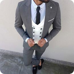 $enCountryForm.capitalKeyWord Australia - Custom Made Gray Men Suits 2019 Wedding Groomsmen Wear Skinny Groom Tuxedos 3Piece Double Breasted Vest Business Coat Pants Costume Homme