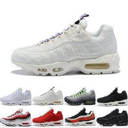 Neon Football Australia - Ultra 95 OG Neon TT red Men Running Shoes Sports 95s Men Womens Triple White Black Trainers Tennis Sneakers Running shoes Zapatos