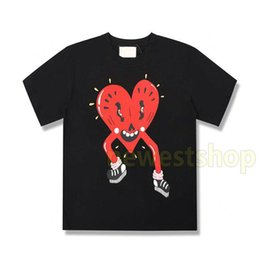 2020 Spring Summer Luxury Europe Italy Suprise Love Heart T shirt Fashion mens designer t shirts Women Cotton short sleeve Top