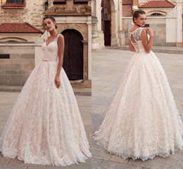 $enCountryForm.capitalKeyWord Australia - Gorgeous Princess Lace 2019 Wedding Dresses Empire Waist Sweetheart Keyhole Back Lace-up Berta Wedding Dress Reception Party Dress For Bride